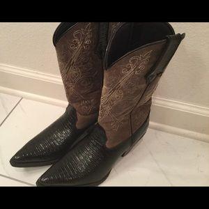 Durango black and camel cowboy boots